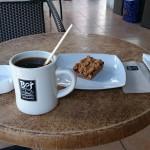 セブのオープンカフェでモーニングコーヒー