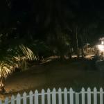 夜のアローナビーチ